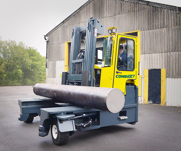 Combilift-–-Combi-C-Series-–-Multi-directional-Forklift-–-Long-Load-Handling-Speciality-Metals-Heavy-Load.jpg